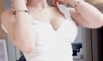 韩国美女主播 美珠 翘臀抖脑 诱惑热舞