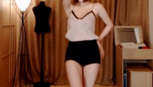 韩国主播 米娜 性感短裤 小吊带热舞