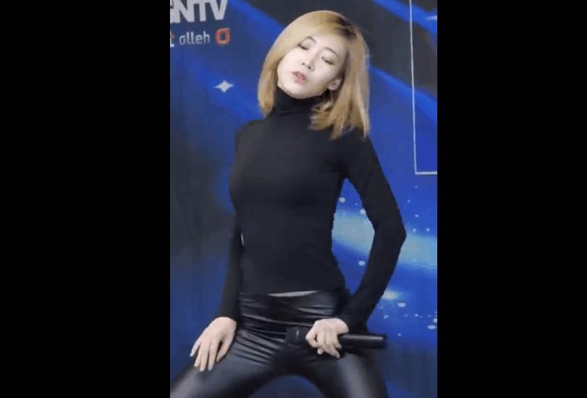 韩国女协和 Fantastie 紧身皮裤热舞 性感