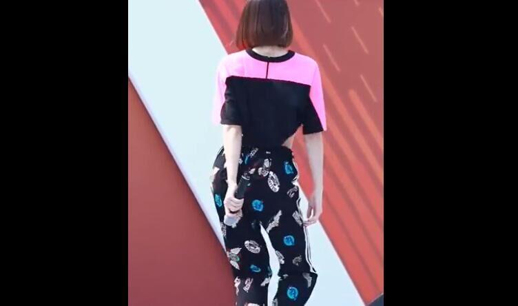 韩国女团EXID 《Hot Pink》热舞 饭拍视频