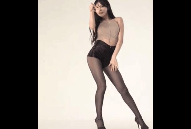 韩国美女练习室 长腿+黑丝+热裤