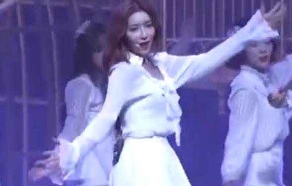 韩国女团 宇宙少女  白色仙女