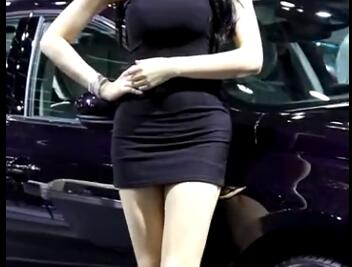韩国极品美女车模 性感美腿+包臀裙