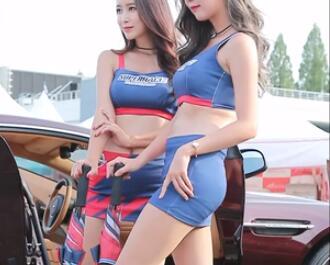 韩国车模 两个极品大美女 包臀裙