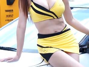 韩国车模 包臀裙+BRO 带特写 高清