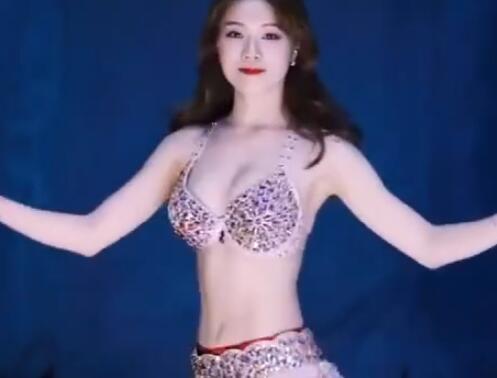 韩国美女 激情肚皮舞  跳起来 很嗨