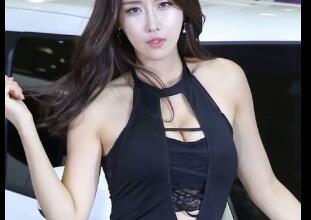 韩国美女车模 柳多妍 包臀 就问你美不美
