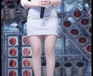 韩国美女音乐老师 韩可彬 美腿