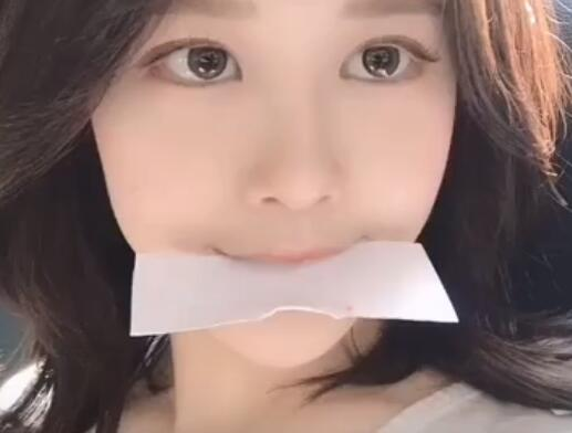 韩国清纯型妹子 泳装写真集