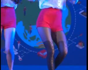 韩国女团 Dal Shabet 红色短裤+黑丝 热舞