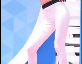 韩国女团 FIESTAR 白色紧身裤 热舞