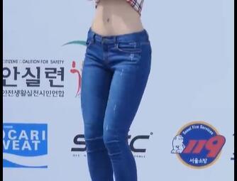 韩国美女 性感牛仔裤 热舞 身材真好