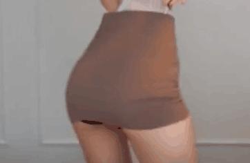 韩国女主播 徐雅 包臀裙+黑色小内内