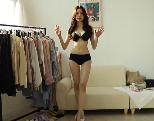 韩国美女主播 时尚穿搭 内衣秀