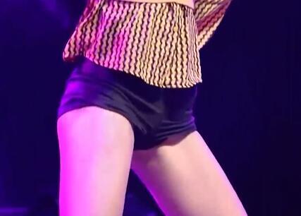 韩国女团 短裤热舞 动感十足