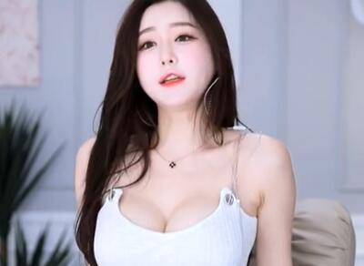 韩国主播 朴佳琳 小姐姐 齐B裤+深V