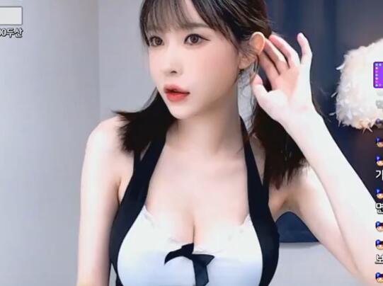 韩国女主播 阿英 深V 10秒小视频