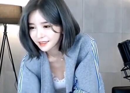韩国女主播 伊素婉 性感翻跳