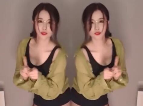 黑丝女王- 轩子巨2兔 她不合适跳舞