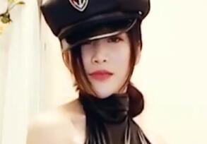 自拍视频:韩国帅气妹妹日常跳舞