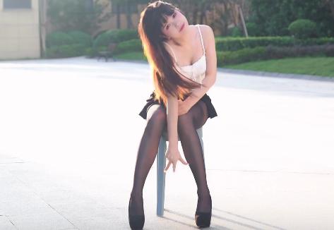自拍视频 椅子舞-Rollin-肉0肉0 美腿黑丝