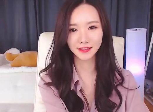 韩国女主播 bj青草小姐姐 免费在线