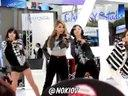 韩国美女2NE1 - I LOVE YOU展会上热舞130426