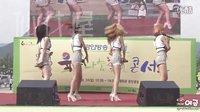 韩国首尔光化门广场组合热舞 BADKIZ - 性感美女 150830