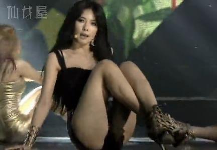 金泫雅Kim Hyun A 因为红 Red 现场LIVE版视频 韩国19禁MV视频合集